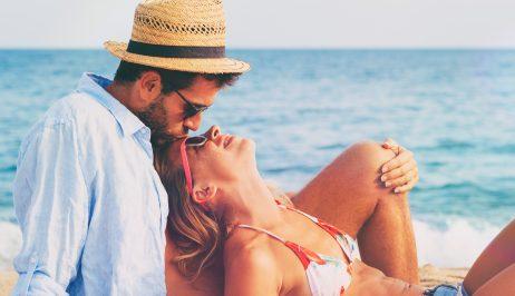 couple_milosgreece.gr